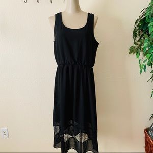Doe & Rae casual black dress
